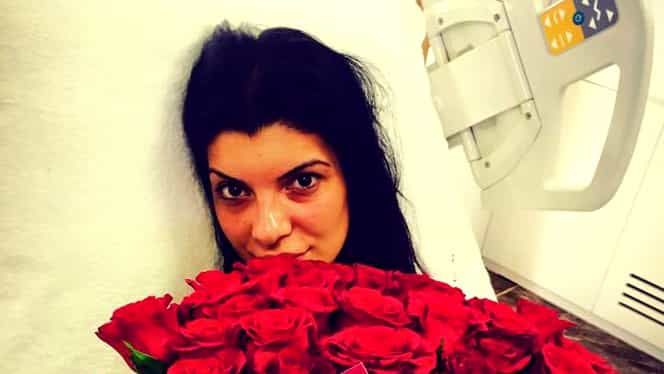 Aşa arată Andreea Tonciu în TRECUT, aşa arată ACUM. Înainte poza goală pe un OLTCIT, acum se laudă cu talia ei de VIESPE!