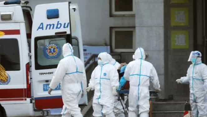 O suceveancă de 32 de ani este suspectă de coronavirus. Femeia a fost scăpată și de pe targă de ambulanțieri! Video