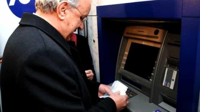 Pensionarii își vor primi pensiile pe card din 2019