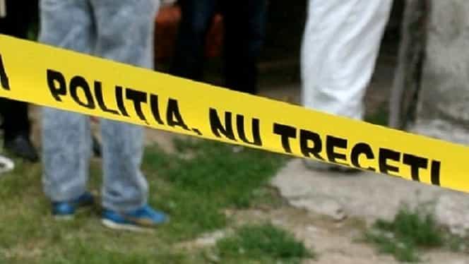 Crimă oribilă în Galaţi. O bătrână de 80 de ani a fost ucisă cu mai multe lovituri de topor. Suspectul a fugit cu 2 lei şi o pereche de cercei