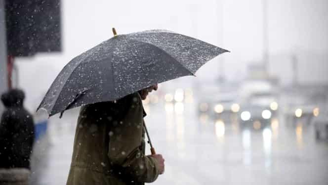 Avertizare de vremea rea pentru începutul lunii septembrie. De luni vin ploile şi vijeliile