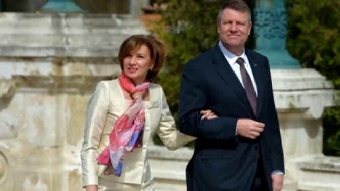 Klaus Iohannis, în vizită la biserica Sfântului Mormânt, alături de soția sa. Cum s-a îmbrăcat Carmen Iohannis la Ierusalim