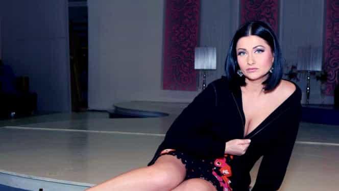 """GALERIE FOTO. Gabriela Cristea arată TOT! Iată cît de dezinhibată era bruneta când a pozat în """"Playboy""""!"""