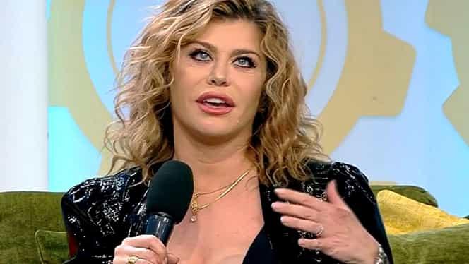 Loredana Groza și-a etalat decolteul în fața prezentatorilor de la Antena 1. Nimeni nu s-a putut uita în altă parte – FOTO