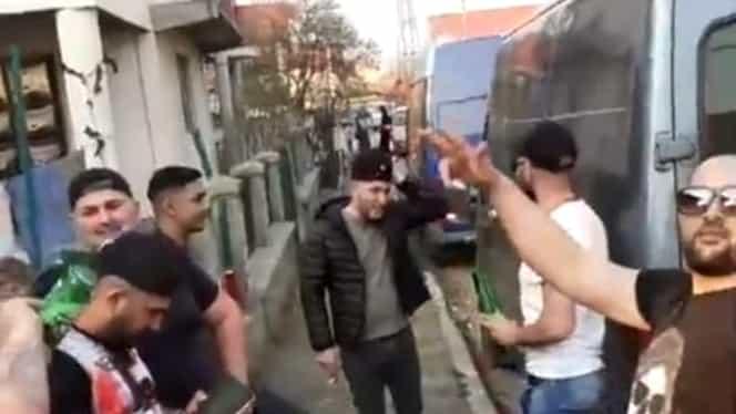 Petrecere în mijlocul străzii la Târgu Jiu. Zece persoane au fost amendate