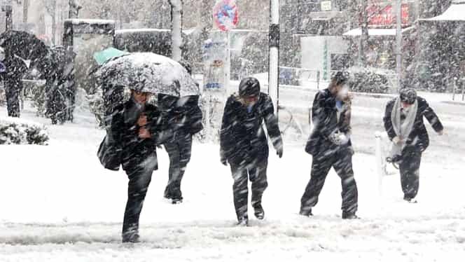 Meteorologii anunţa vreme severă, cu ger, ninsoare şi viscol. Cât va persista frigul