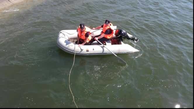 Moarte suspectă la Slatina! Un elev de 17 ani a fost găsit înecat, însă geaca lui era arsă