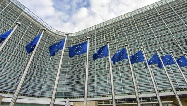 ALERTĂ! Comisia Europeană reclamă României întârzieri în aplicarea legislației UE