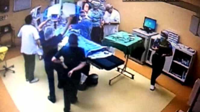 """Au apărut primele imagini din sala de operație în care pacienta a ars ca o torță! """"Priviți aici în ce hal se comportă SOMITATEA Beuran"""""""