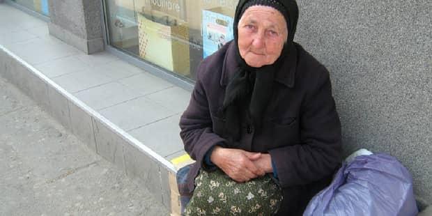 Adevărul despre bătrânii care cerşesc! Ce se întâmplă cu banii pe care îi câştigă