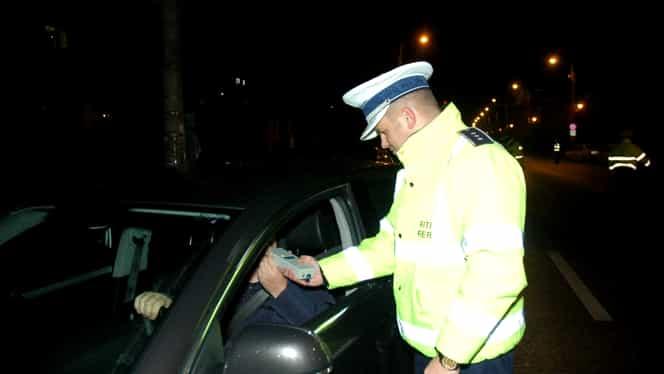 Șofer tras pe dreapta de polițiști pentru un simplu tricolor! Explicațiile polițistului s-au viralizat!