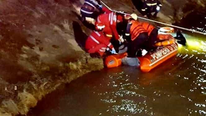 Paşte îndoliat în judeţul Neamţ! Cele nouă victime care s-au prăbuşit în apă au fost înmormântate în Sâmbăta Mare