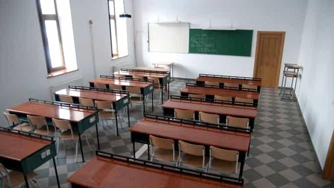 Cursuri suspendate în mai multe unități școlare din București! Lista școlilor care se închid