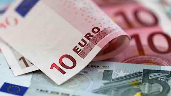 CURS BNR 11 MAI. Euro, în scădere! Dolarul, aproape de 4 lei/unitate