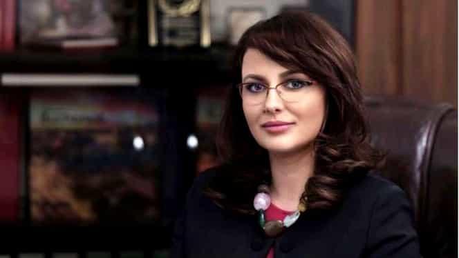 Cine este Adriana Cotel, noua șefă a CNAS! A avut o relație strânsă cu Darius Vâlcov