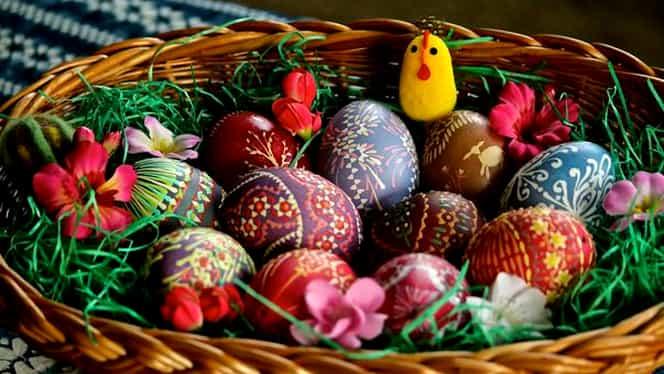 De ce unii români sărbătoresc și Paștele Catolic și pe cel Ortodox?