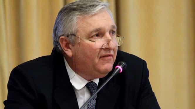 Medicul Mircea Beuran, audiat din nou de procurorii DNA în dosarul în care este anchetat pentru luare de mită
