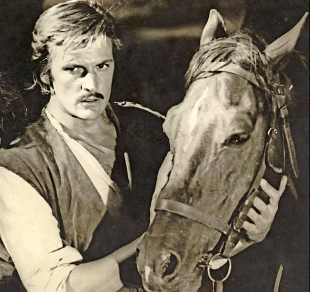 VIDEO + Galerie FOTO. Aşa ARĂTA marele actor cînd era foarte MIC! Viaţa lui Florin Piersic, în IMAGINI document