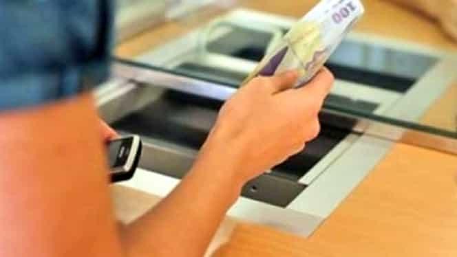 Veşti bune pentru românii cu credite. Senatul a adoptat în comisii plafonarea dobânzilor