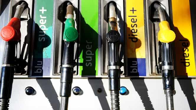Cât a ajuns să coste astăzi un litru de benzină! Oamenii s-au uitat lung la tabel