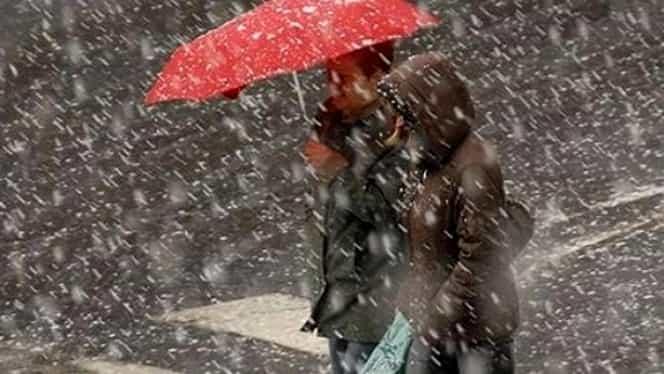 Prognoza meteo vineri, 14 decembrie. Se întorc ninsorile şi cresc temperaturile