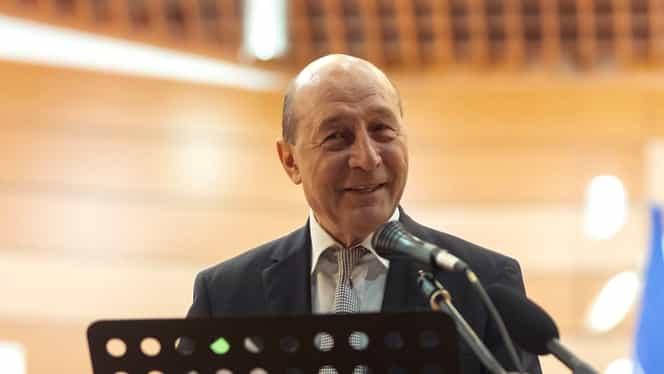 """Traian Băsescu îi plânge de milă Vioricăi Dăncilă: """"A fost păcălită. Un om modest, cu bun simț"""""""