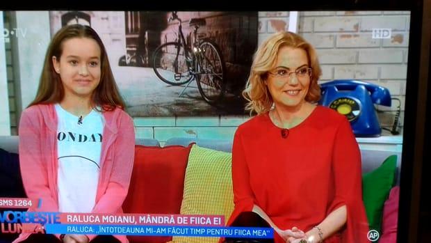 O mai ştii pe Raluca Moianu?! Vedeta a dispărut de la TV după un scandal amoros! Ce s-a ales de ea! Cum a ajuns să arate acum şi cu ce se ocupă! FOTO