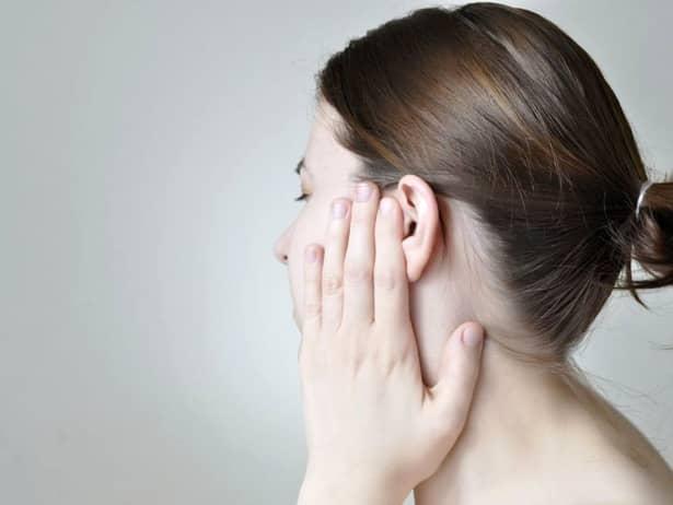Remedii simple pentru durerile din ureche