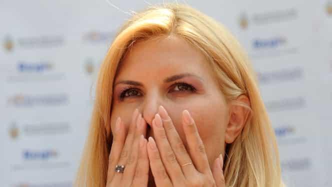 Elena Udrea trece printr-o dramă, în Costa Rica! Avocaţii săi spun că a pierdut unul dintre gemeni!