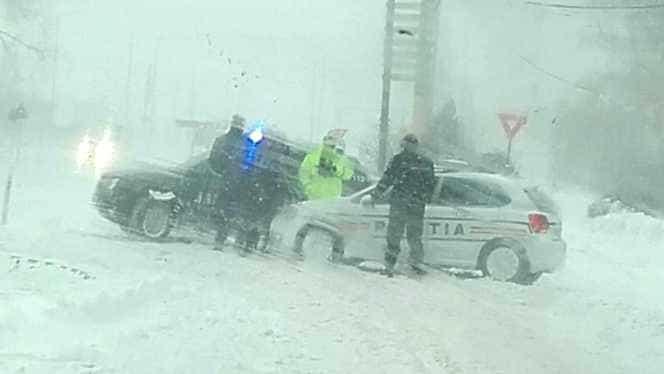 INFOTRAFIC: Starea drumurilor pe 15 ianuarie, după căderea ninsorilor! Mai mult șosele sunt închise