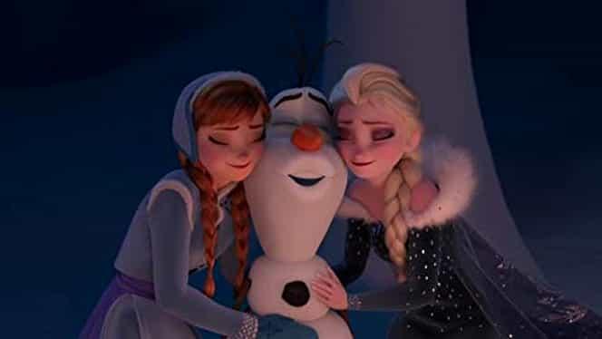 Regatul de gheaţă, difuzat azi pe Antena 1! Elsa şi Ana sunt aşteptate cu nerăbdare de cei mici, dar Olaf este în prim plan