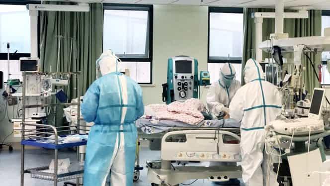 """Răsturnare de situație în cazul românului infectat cu coronavirus. Bărbatul contrazice autoritățile: """"Aberează, numai tâmpenii"""""""