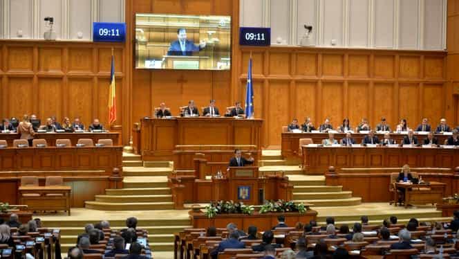 """Orban: """"Parlamentarii PSD au fost prezenți la demiterea Guvernului, trebuie să fie prezenți și mâine la ședința Parlamentului"""""""