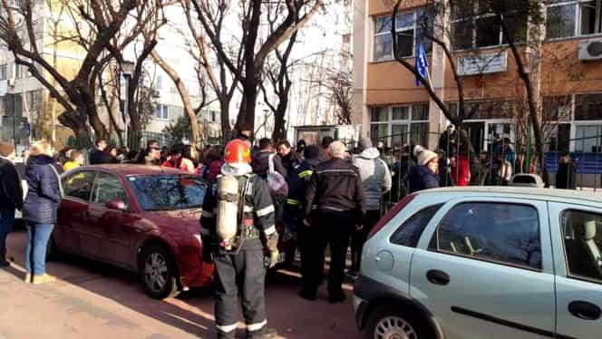 Dosar penal la școala 133 din București, după dezinsecția care a băgat în spital 23 de elevi. Reacția primarului Daniel Băluță