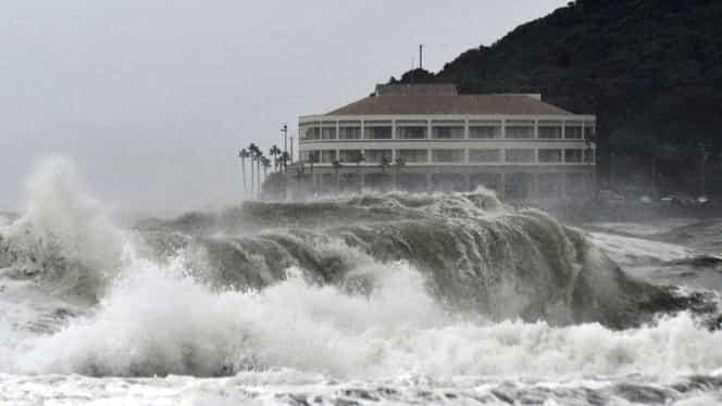 ALERTĂ! Un super taifun lovește Japonia! Tokyo ar putea fi devastat