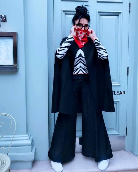 DJ Wanda cumpără haine din portbagaj! Cum am surprins-o