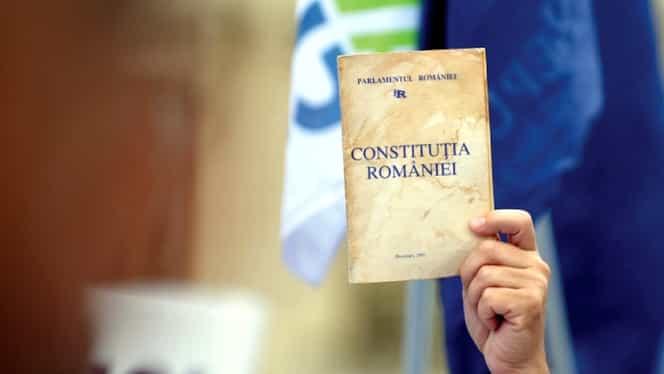 8 decembrie, Ziua Constituției României! 95 de oameni au votat împotriva ei în 1991