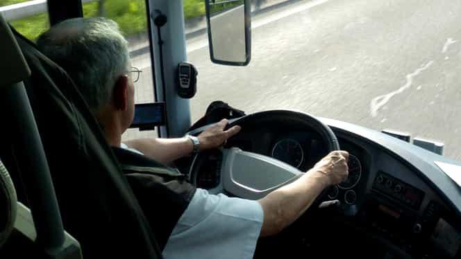Șoferii de autobuz s-ar putea pensiona mai devreme. Ce prevede legea când aceștia sunt agresați de călători