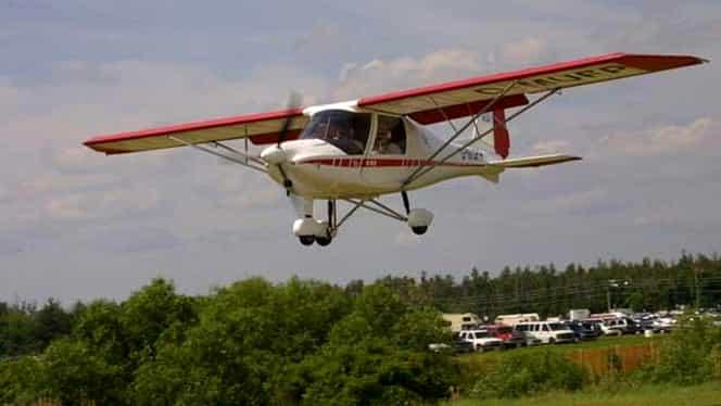 Accident aviatic la un spectacol demonstrativ din Guatemala! Avionul s-a prăbușit peste oameni