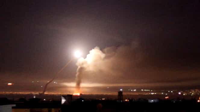 Trei combatanţi ucişi în atacul cu rachete la periferia Damascului atribuit Israelului