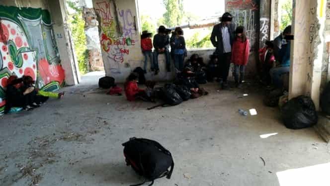 Alţi 23 de migranţi descoperiţi în Timişoara! Irakienii au fost găsiţi într-o clădire dezafectată