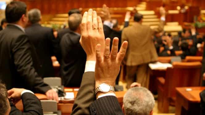 Legea dării în plată, ultimele retuşuri în Comisia Juridică, după care votul final
