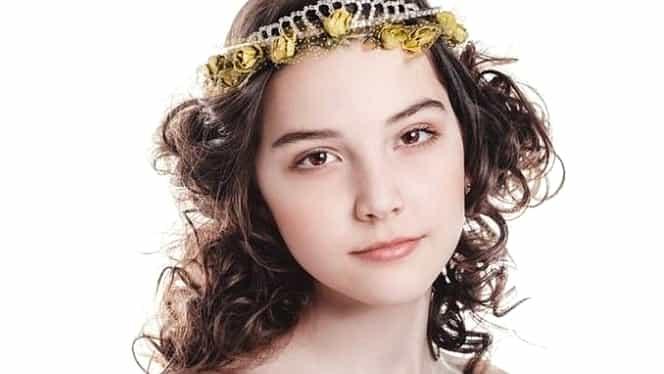 Şoc în lumea modei! Un model de 14 ani a murit după o prezentare de 13 ore! Părinţii nu au bani să o aducă acasă! GALERIE FOTO