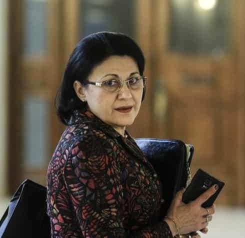 Cine este Ecaterina Andronescu. Klaus Iohannis a semnat decretul de numire în funcție a noului ministru al Educației