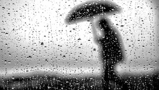 Prognoza meteo 12 mai. Vremea va fi călduroasă, dar va ploua