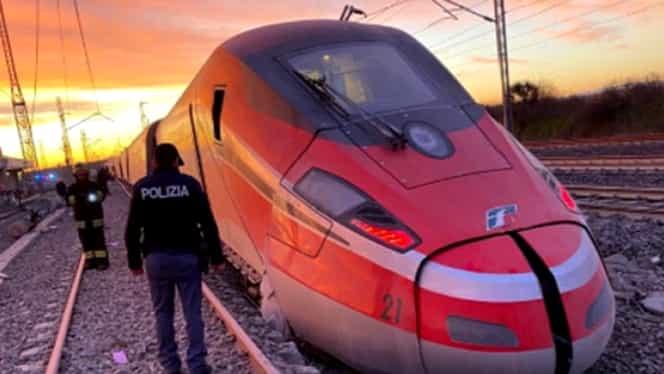 Doi oameni au murit şi 30 au fost răniţi în urma deraierii unui tren de mare viteză, în Italia