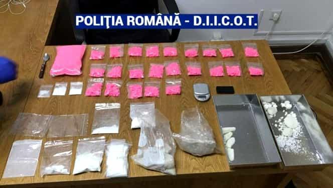 Droguri de 60 de mii de euro confiscate de procurorii DIICOT din apartamentul închiriat de un tânăr din Brașov