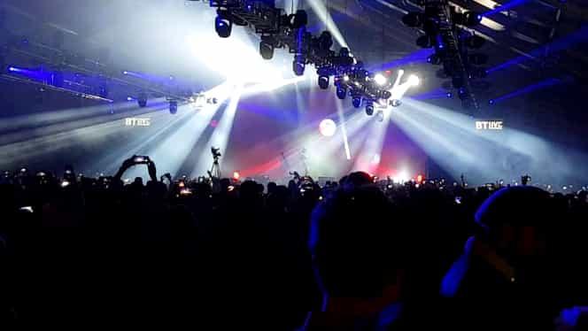 """Manele și imagini XXX la Electric Castle! DJ-ul Tommy Cash i-a animat pe tineri cu """"Așa sunt zilele mele"""". Ce decizie au luat imediat organizatorii"""