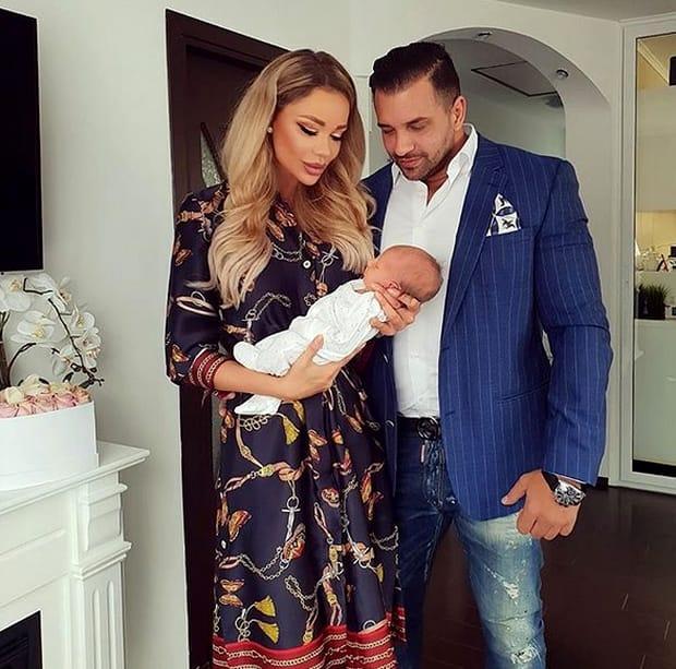 Să fie oare Alex Bodi dragostea adevărată a fostei prezentatoare de televiziune? Cei doi pare că au relație destul de strânsă, dat fiind faptul că Bianca deja i-a cunoscut familia, dar și copiii lui Alex Bodi.