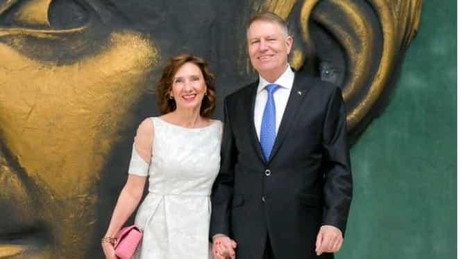 Klaus și Carmen Iohannis au petrecut Ziua Îndrăgostiților la un spectacol de balet. Cum s-a îmbrăcat soția președintelui. FOTO